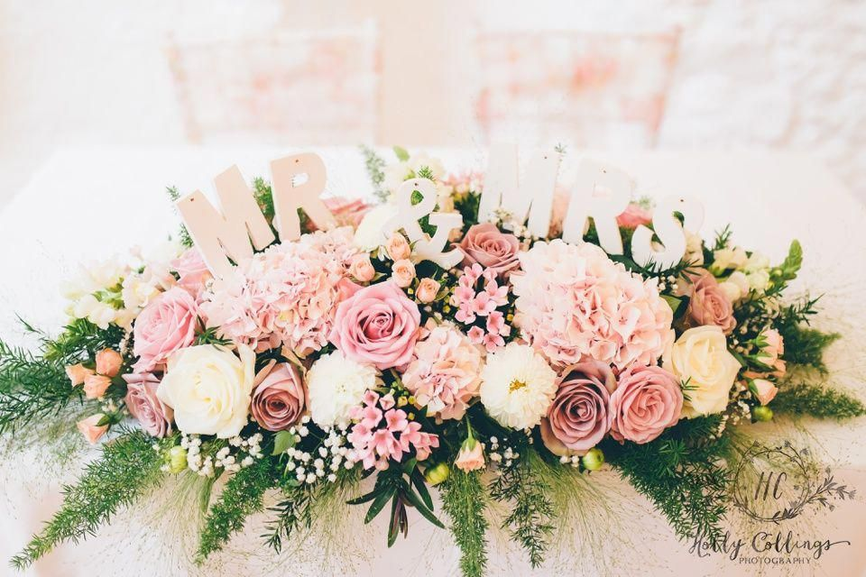 Top table flowers, long and low floral design with MR