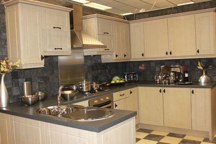 17 Best images about Limed oak kitchen on Pinterest   Cabinets ...
