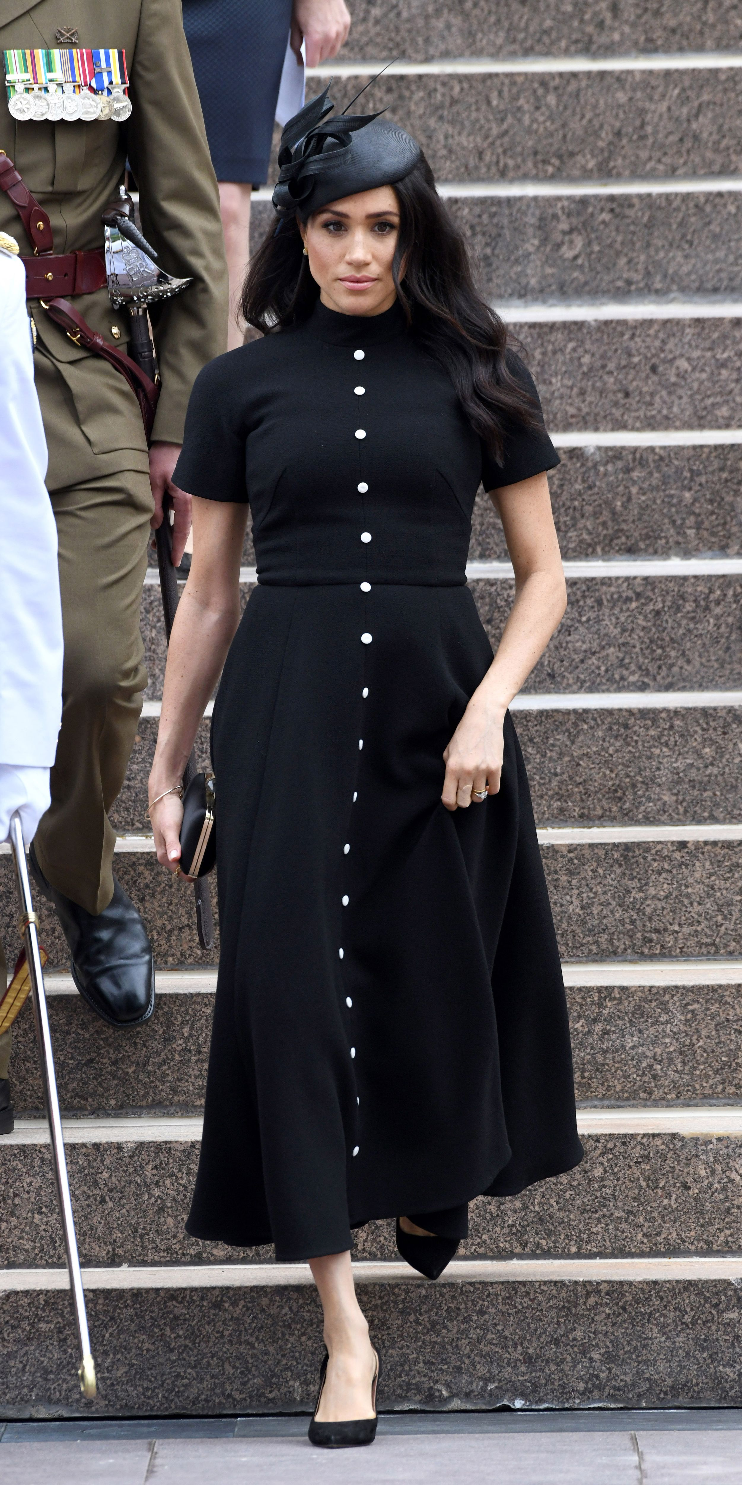 Look Of The Day Pretty Black Dresses Meghan Markle Style Black Dress Outfit Casual