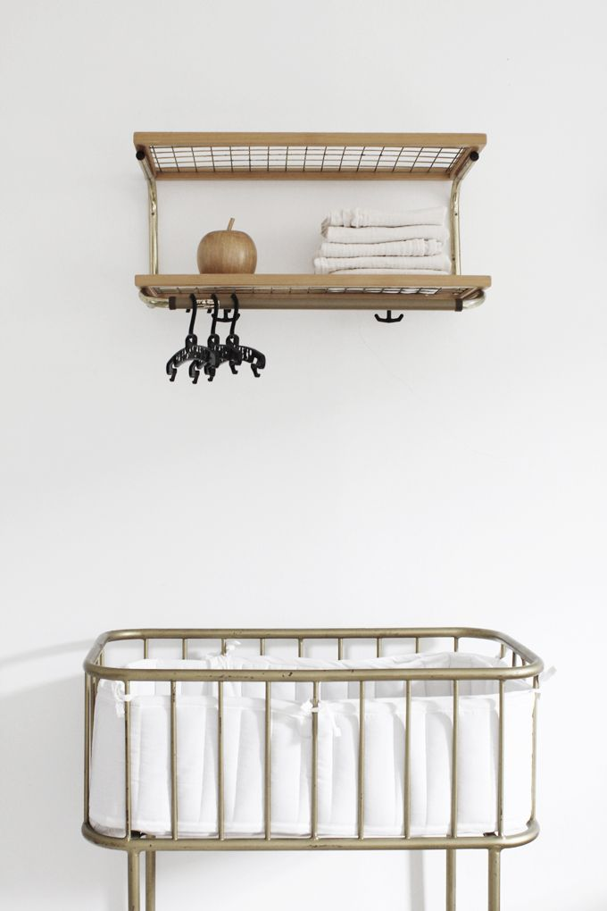 Children\'s room - Vintage Essem Classic rack and crib - Varpunen ...