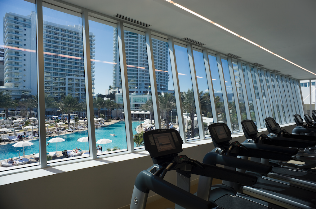 Fontainebleau Gym Fontainebleau Miami Beach Best Hotels In Miami Fontainebleau Hotel