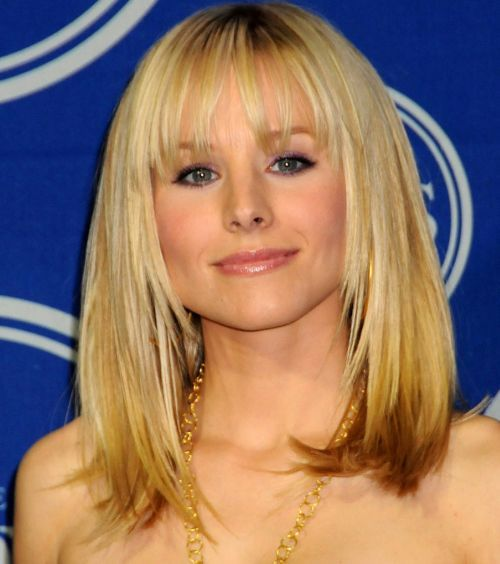 Kristen Bell S Medium Length Blonde Hair With Bangs