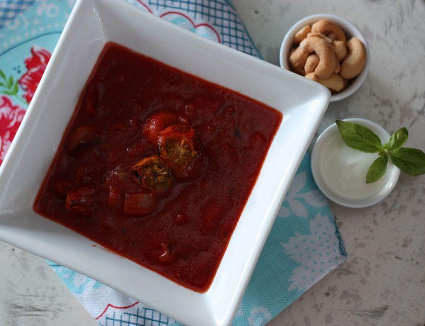 herkku ja koukku: Tuhti tomaattikeitto