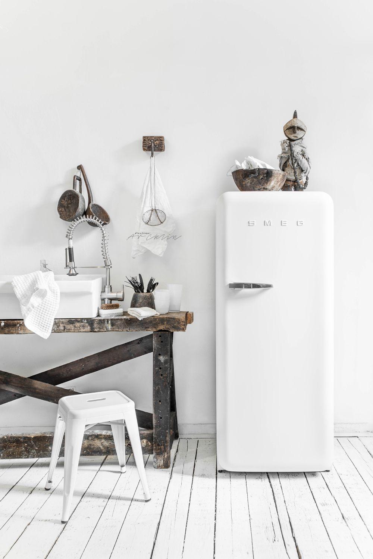 fresh white naturals kitchen pinterest smeg loft. Black Bedroom Furniture Sets. Home Design Ideas