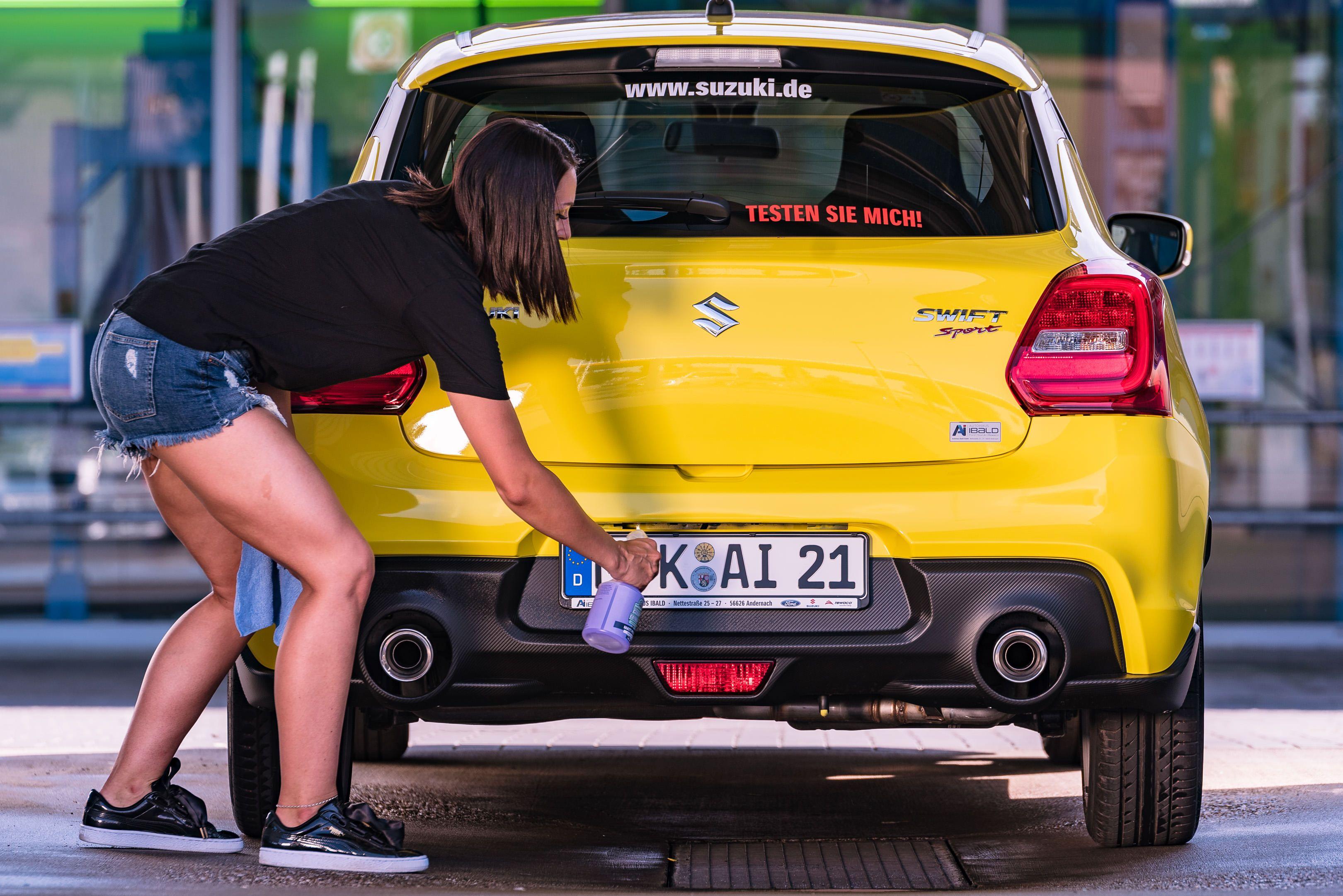 Cleanextreme Der Matt Spezialist Unsere Matt Pflege Reinigt Pflegt Und Versiegelt Matten Lack Matte Folie Autosprühfolie In Einem Sc Neuwagen Matt Pflege