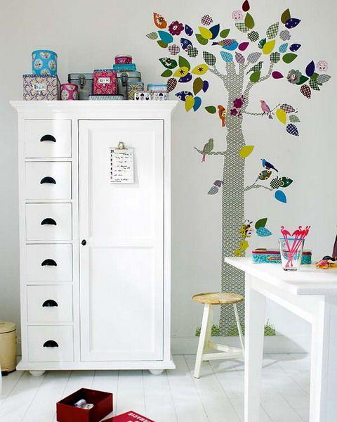 Deko Kinderzimmer Selber Basteln Baum Wand Tapetenreste Patchwork