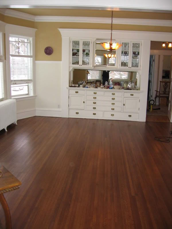 English Chestnut A Bit Reddish Decorating Floor