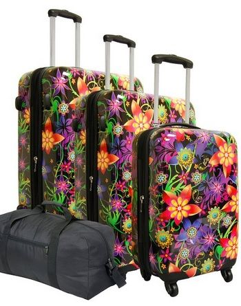 11 Cute and Girly Suitcases for Sale! | Trendy suitcases | Pinterest
