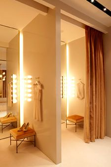 Dressing room of fashion retail store interior design honor nycg must have spacious fitting rooms with warm lighting and customer lounge also best toko baju images rh pinterest