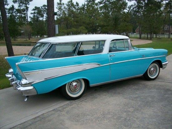 1957 Chevy Nomad Plenty Of Room But Not Very Safe Voiture