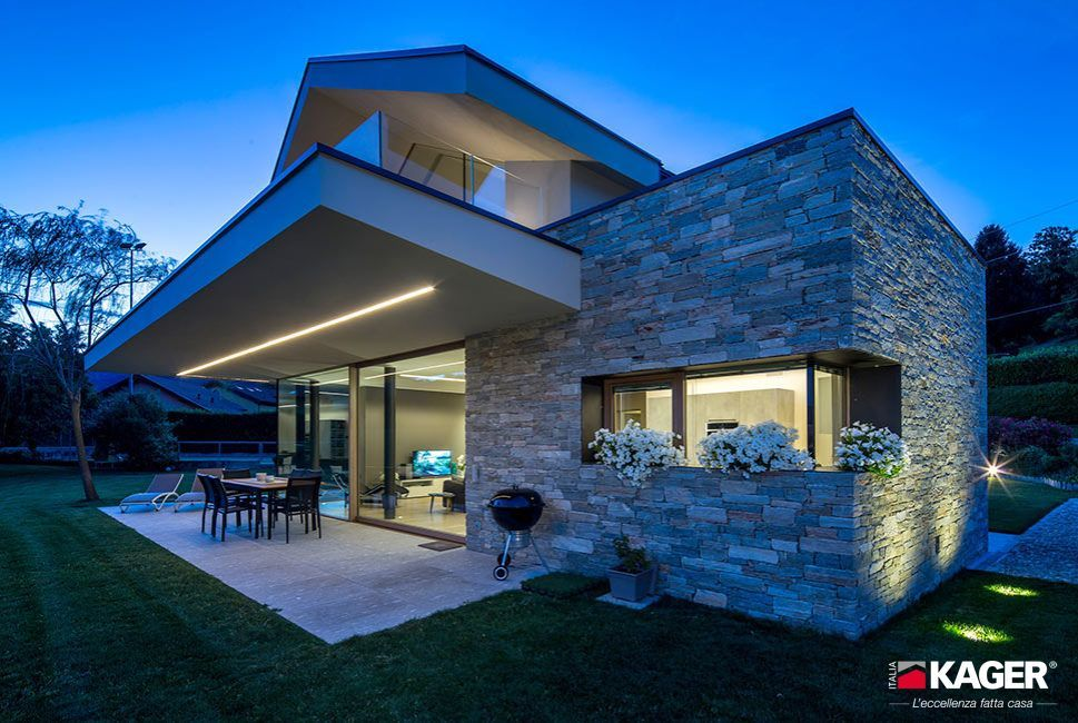 Case di legno rubner prezzi beautiful case in legno for Ville super moderne