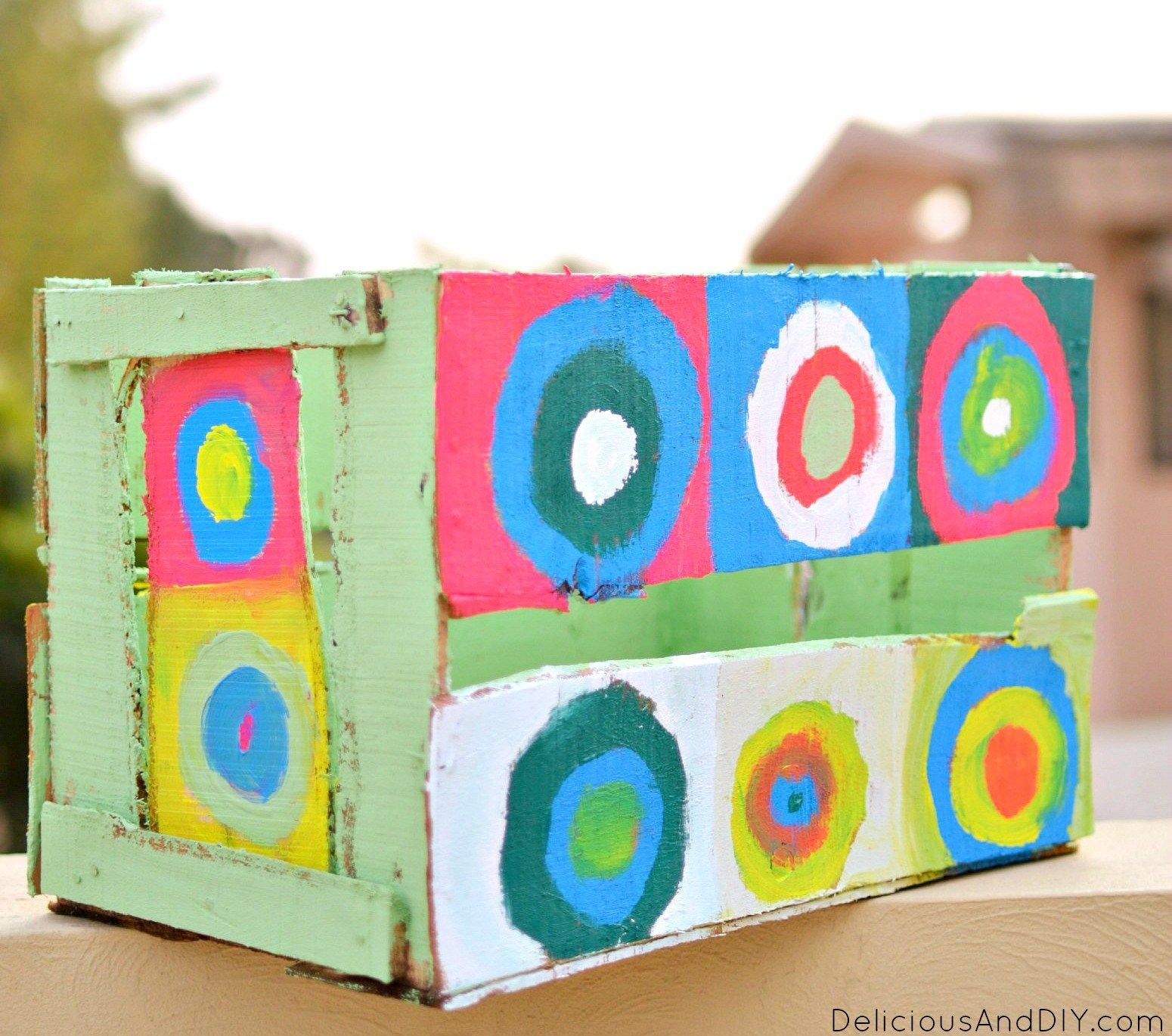Diy Painted Circles Wooden Makeover- Bright And Colorful Crate Projects-