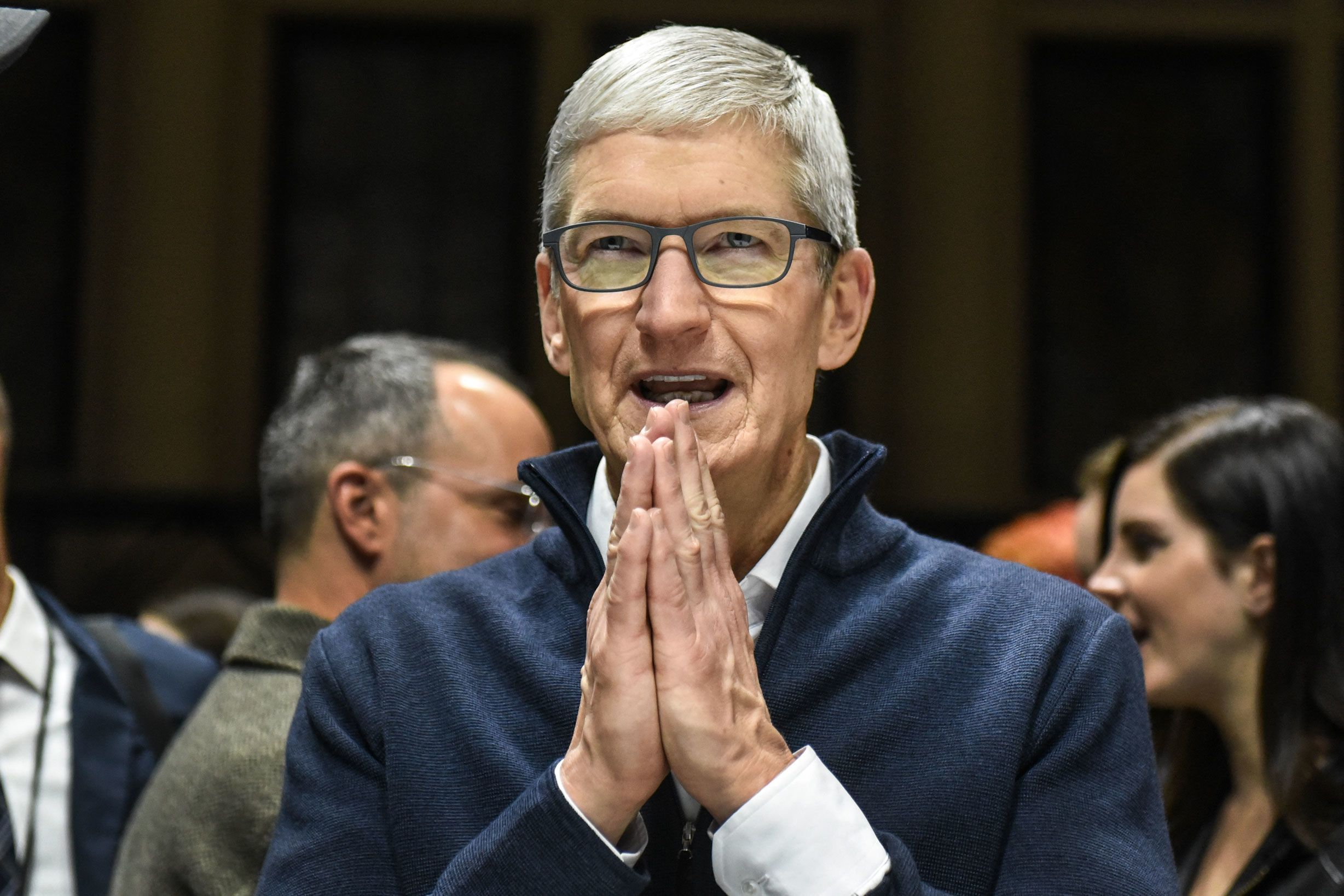 Apple ceo tim cook to the class of 2019 my generation has