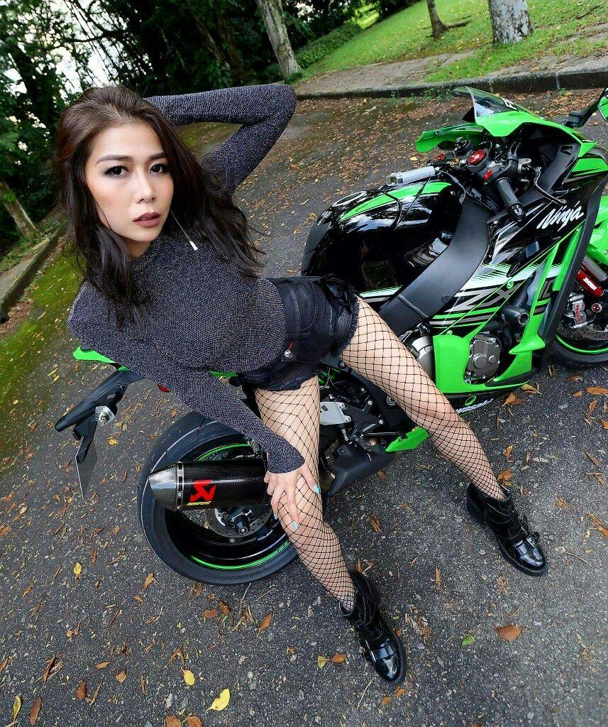 BikerBabe