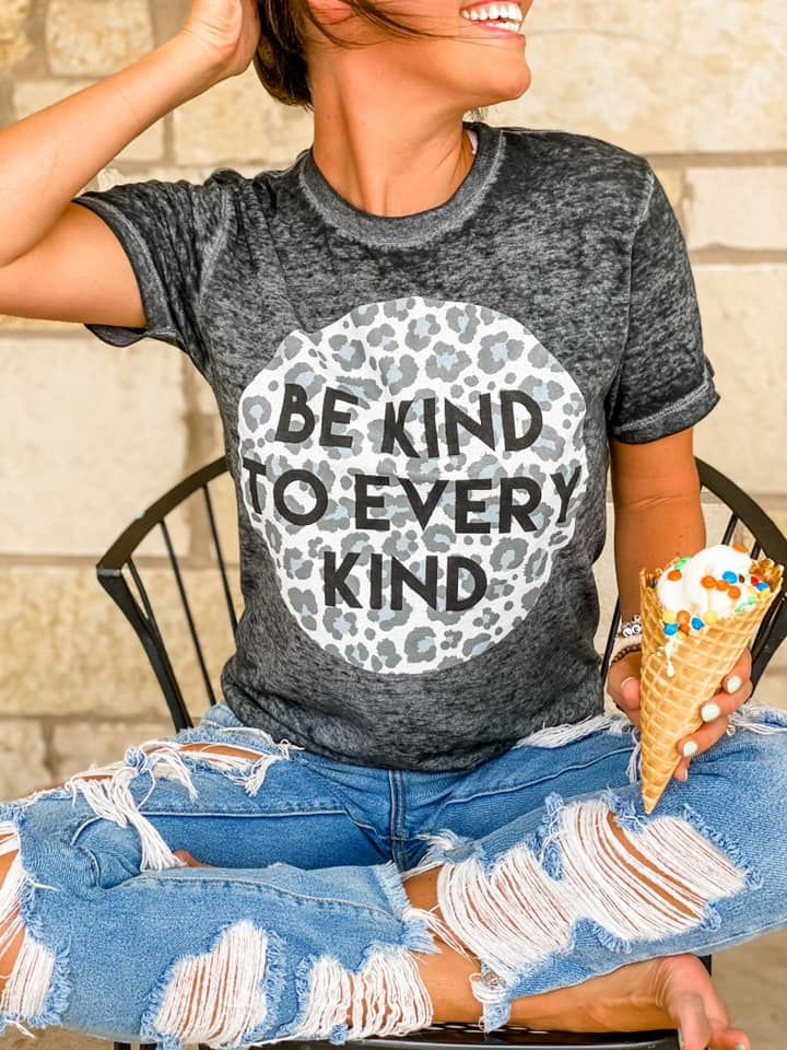 Be Kind Burnout Graphic Tee - M
