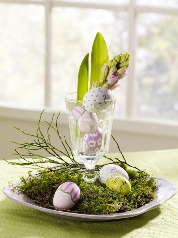 Lovely center piece for the dining table during #Easter