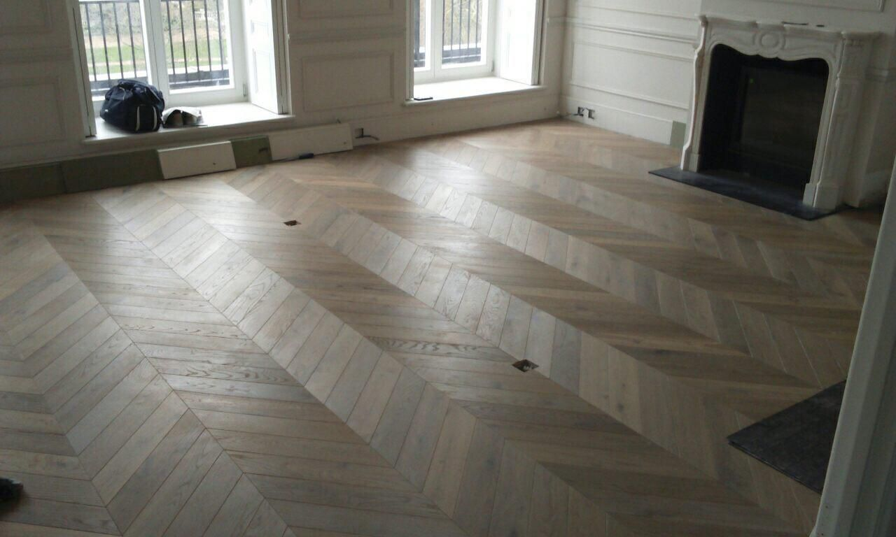 Grey White Engineered Oak Chevron Parquet Flooring Recently Completed Installation In Luxury Apartments In Londo Engineered Wood Floors Flooring Wood Floors