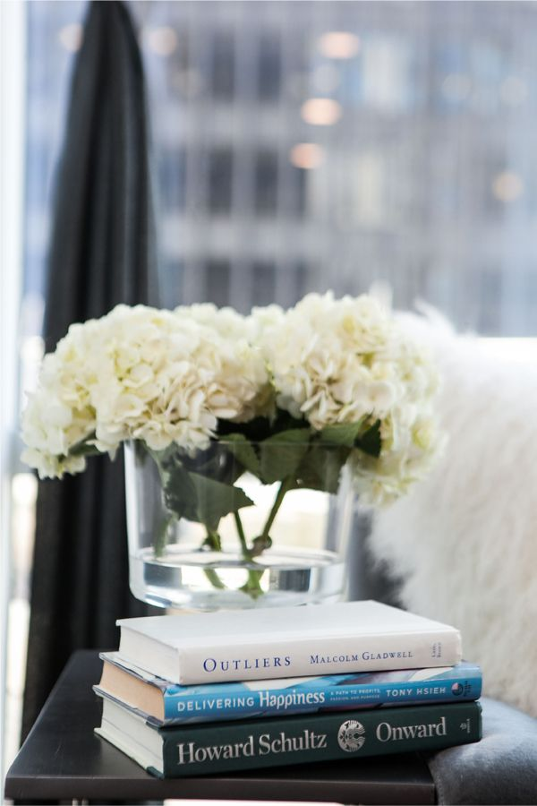 Inside Closet Angels With Jayna Cooke // Fresh Flowers // Coffee Table Books  /