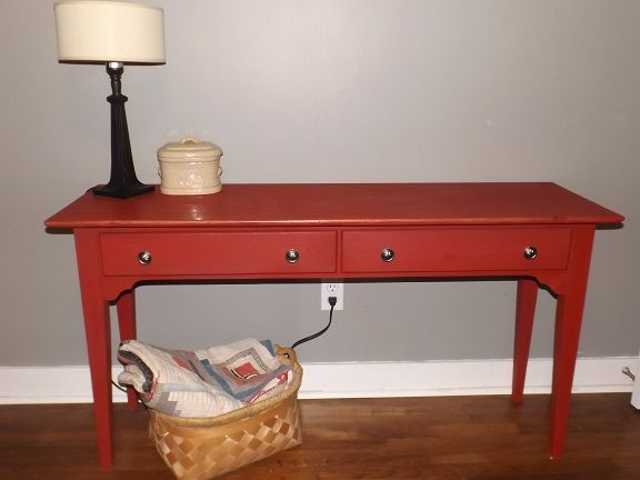 Incroyable Red Hall/Sofa Table