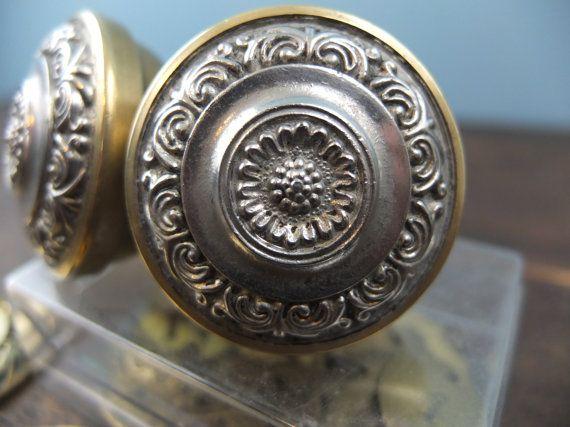 Poignée de porte ancienne   Vintage Door handles, Vintage and Antiques
