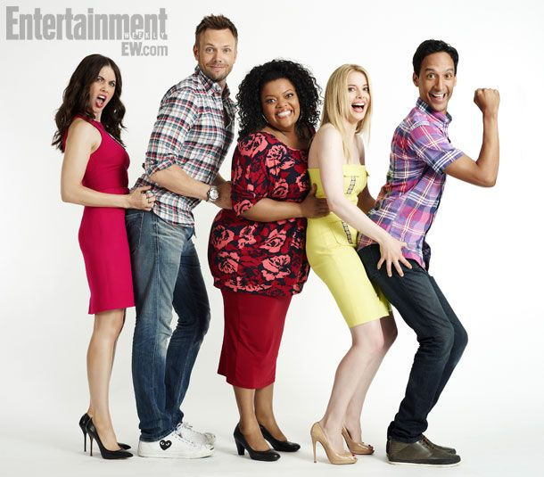 "Alison Brie, Joel Mchale, Yvette Nicole Brown, Gillian Jacobs and Danny Pudi from ""Community""."