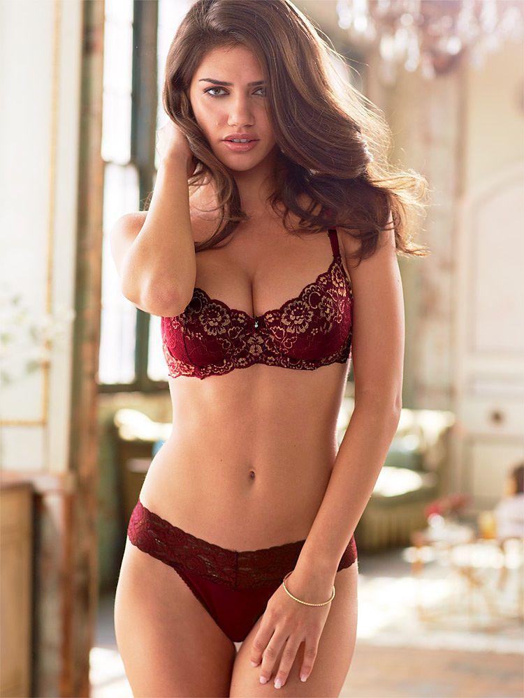 7f7763ed1 Nicoleta Vaculov Fredericks of Hollywood lingerie 2 - Brosome ...