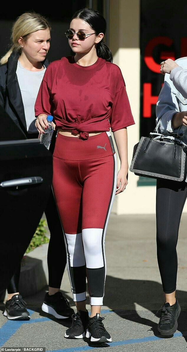Miley Cyrus Flashes After Pilates