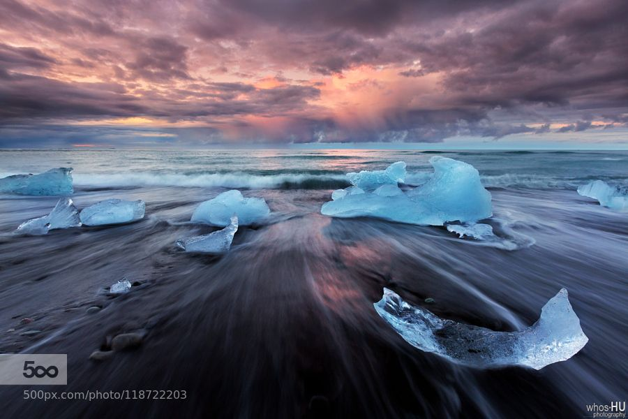 Icebergs and Storm Clouds by oilfighter