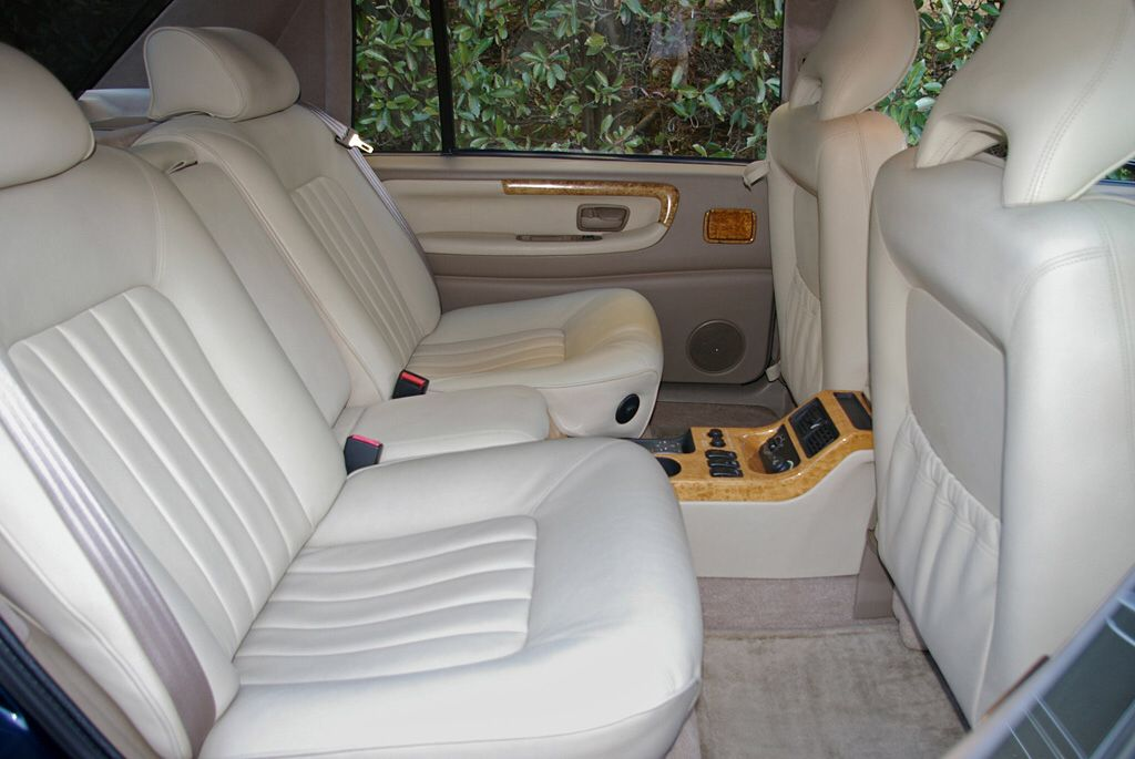 Volvo S90 Royal Hermes 1998. Rear seat 2 | Autos | Pinterest | Volvo ...