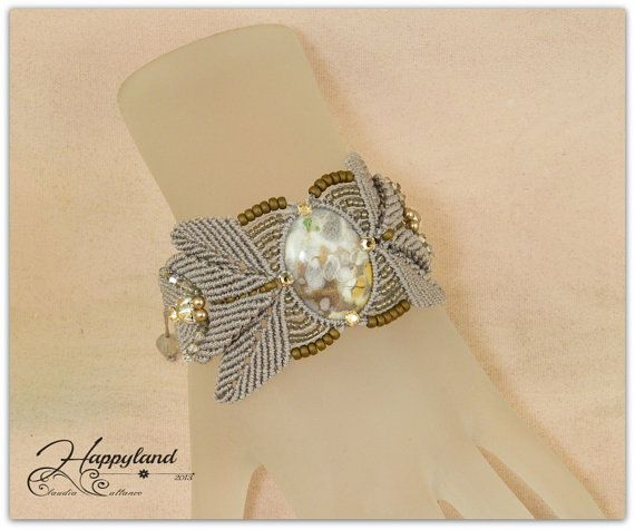 Afrodite macrame Bracelet by Happyland87 on Etsy