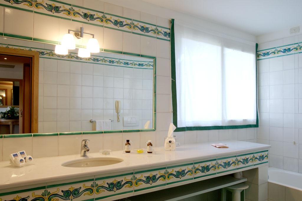 Bagno Vietri ~ Risultati immagini per rivestimenti bagno vietri bagno