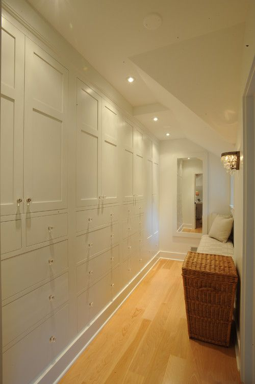 9 idee per decorare un corridoio stretto fotogallery for Idee semplici di mudroom