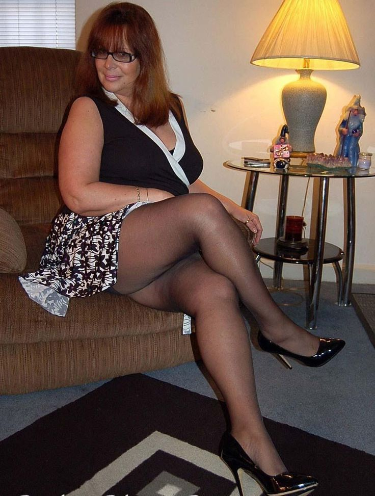 smokerun milf women Local hotties wanting longly women, lonely bbw females swinger wife, hot horny ladies wants looking for sex now.