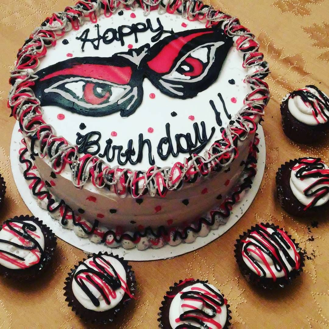 barbiecakes Birthday cake I made for my dad bearcats cincinnati