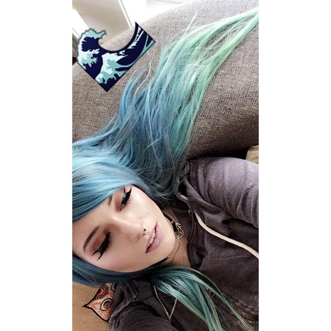 #leda #ledamuir #ledabunny #lmb #ledamonsterbunny #hailedabear #ledabunnie #youtube #youtuber #youtubers #girl #cute #pretty #alternative #beautiful #tattoo #tattoos #hair #hairdye #piercing #piercings #theledabunny