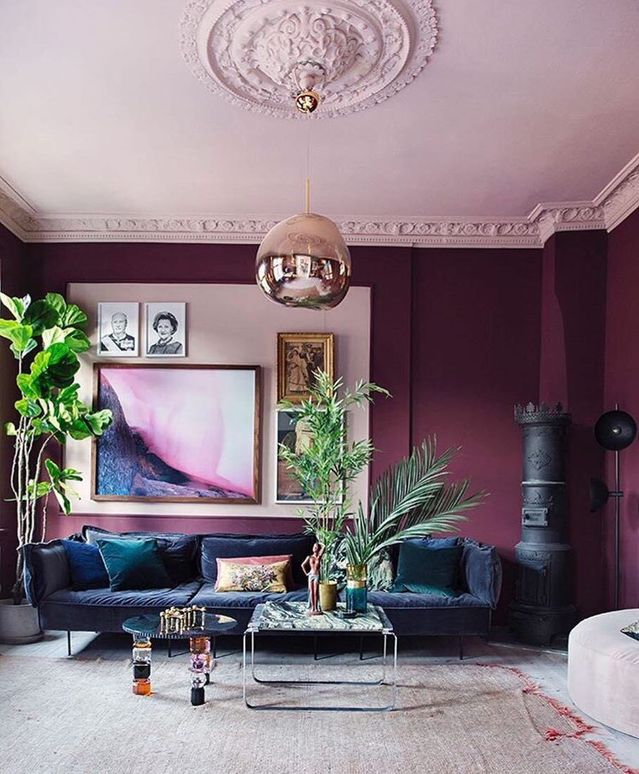 This Room Certainly Has Impact Rich Purple Walls With A Gorgeous Pink Ceiling I Think I Spot A Tom Living Room Wall Color Room Wall Colors Purple Living Room