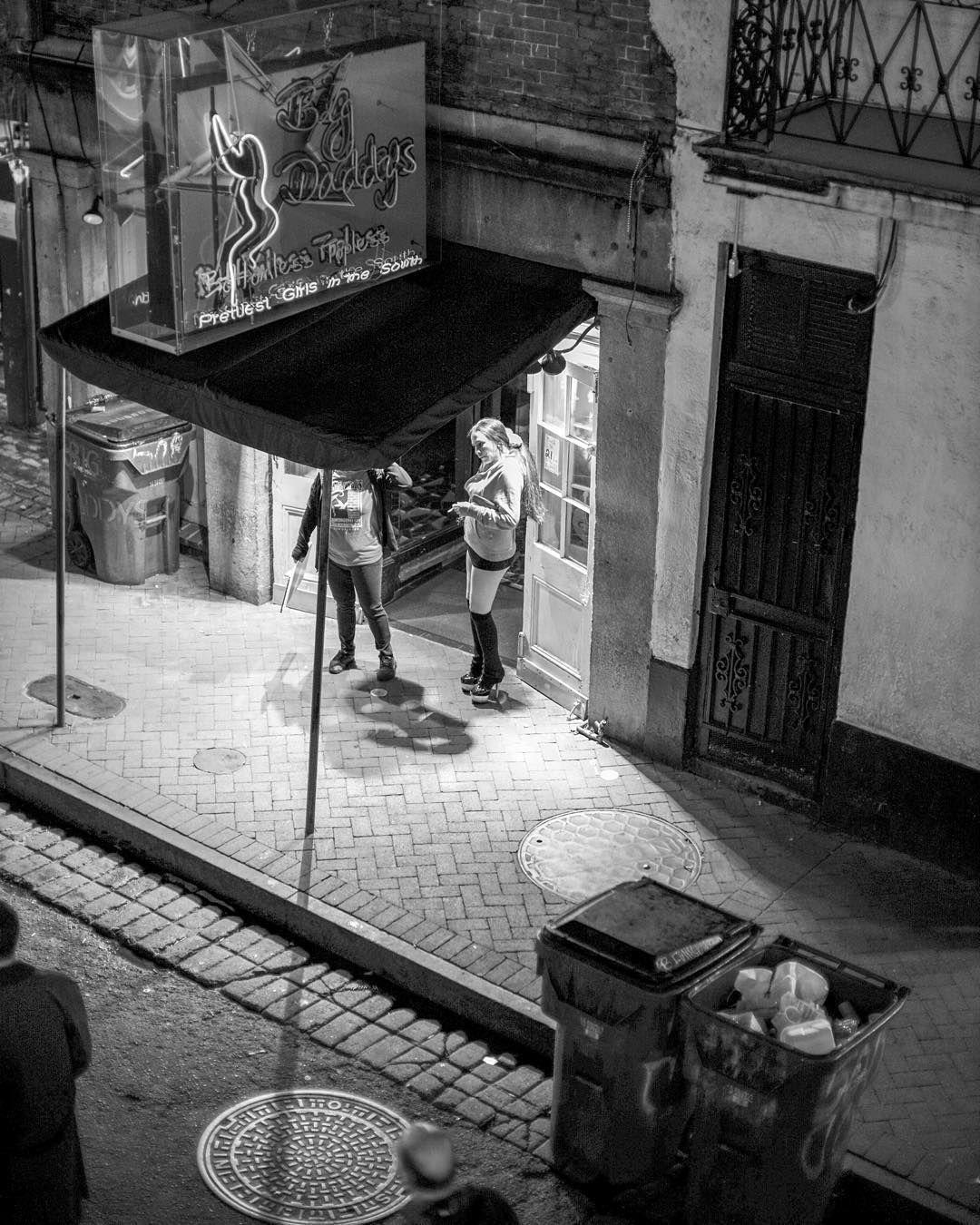 #NOLA #neworleans #frenchquarter #bourbonsteeet #poledancing #leica #leicamp #noctilux #noctilumens by monty29121967