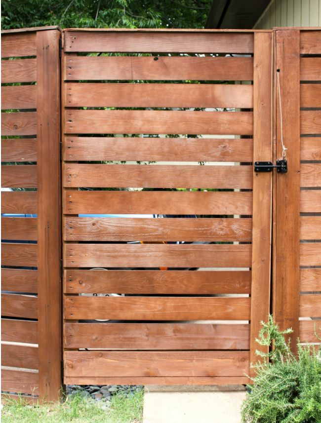 Diy fence gate 5 ways to build yours wood slats for Homemade fence ideas