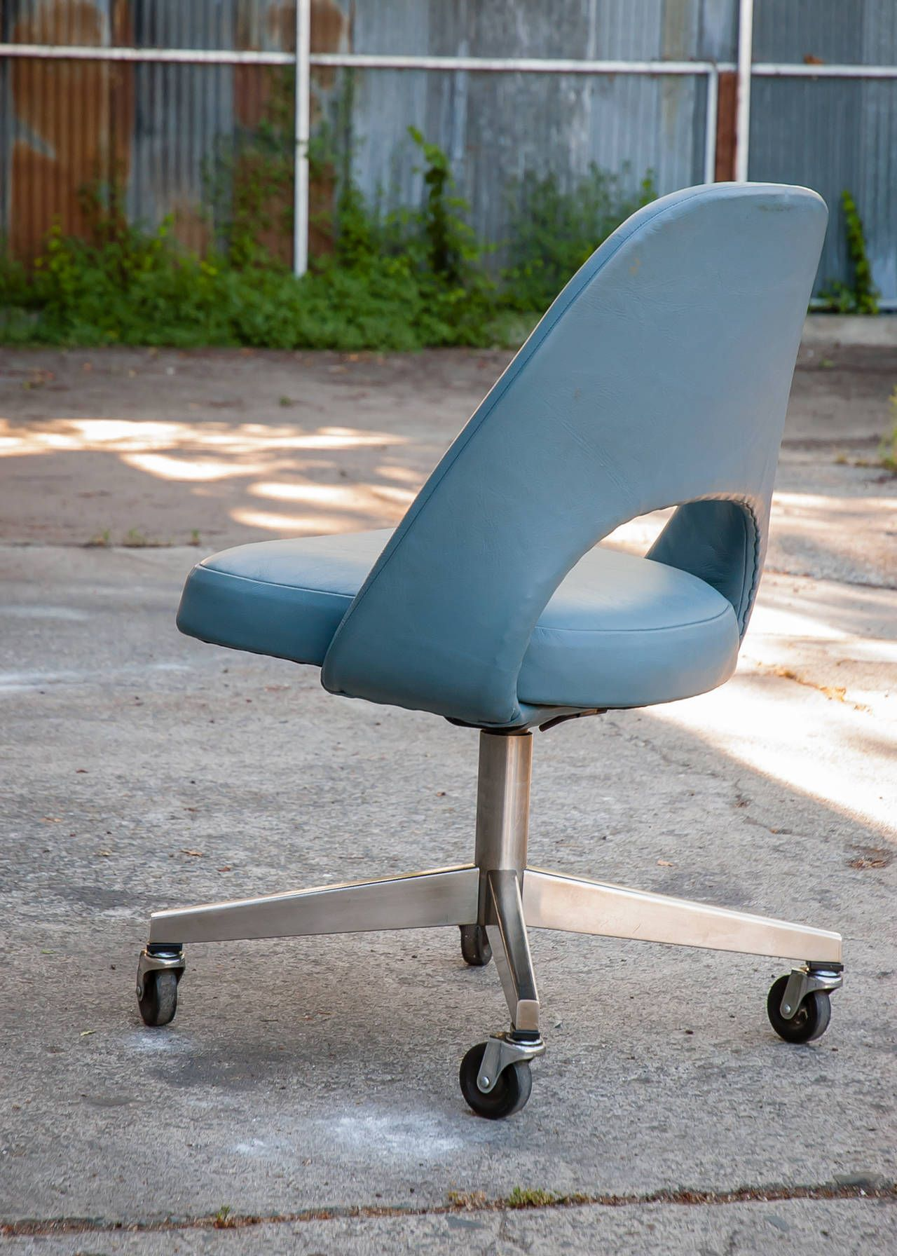 Vintage Saarinen Leather Desk Chair With Casters