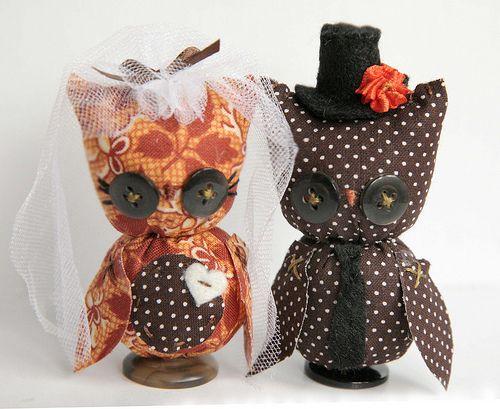 Custom Wedding Cake Toppers by Skunkboy Creatures., via Flickr