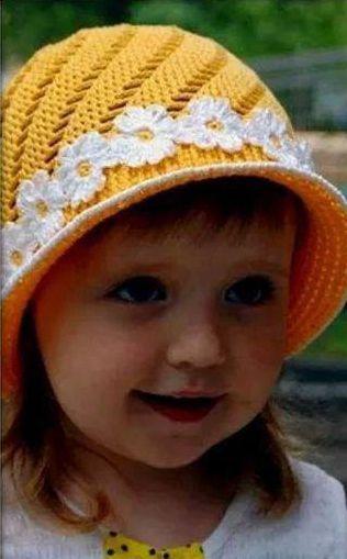 Patrón #982: Gorro Niña a Crochet #ctejidas http://blgs.co/jKd5p6 ...