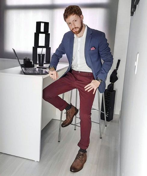 5b5bed1c1f6 Calça Vinho. Como Usar Calça Vinho Masculina  Macho Moda - Blog de Moda  Masculina