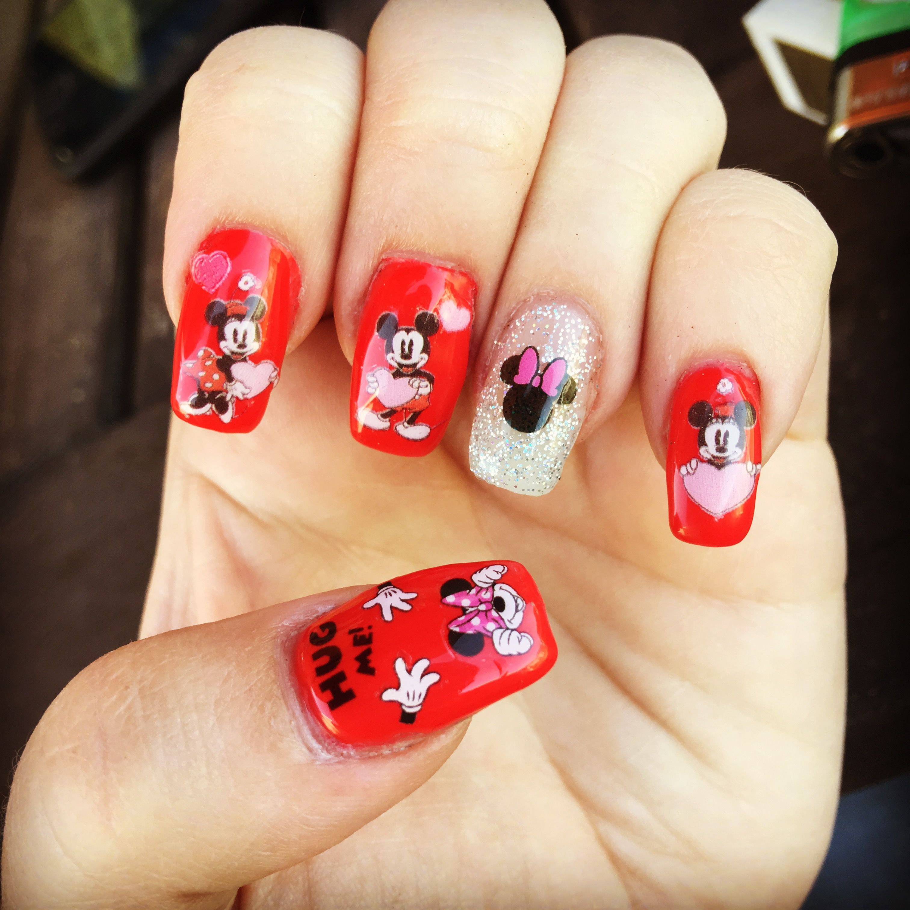 Minnie Mouse nails Disney nails Mickey Mouse nails Valentine\'s Day ...