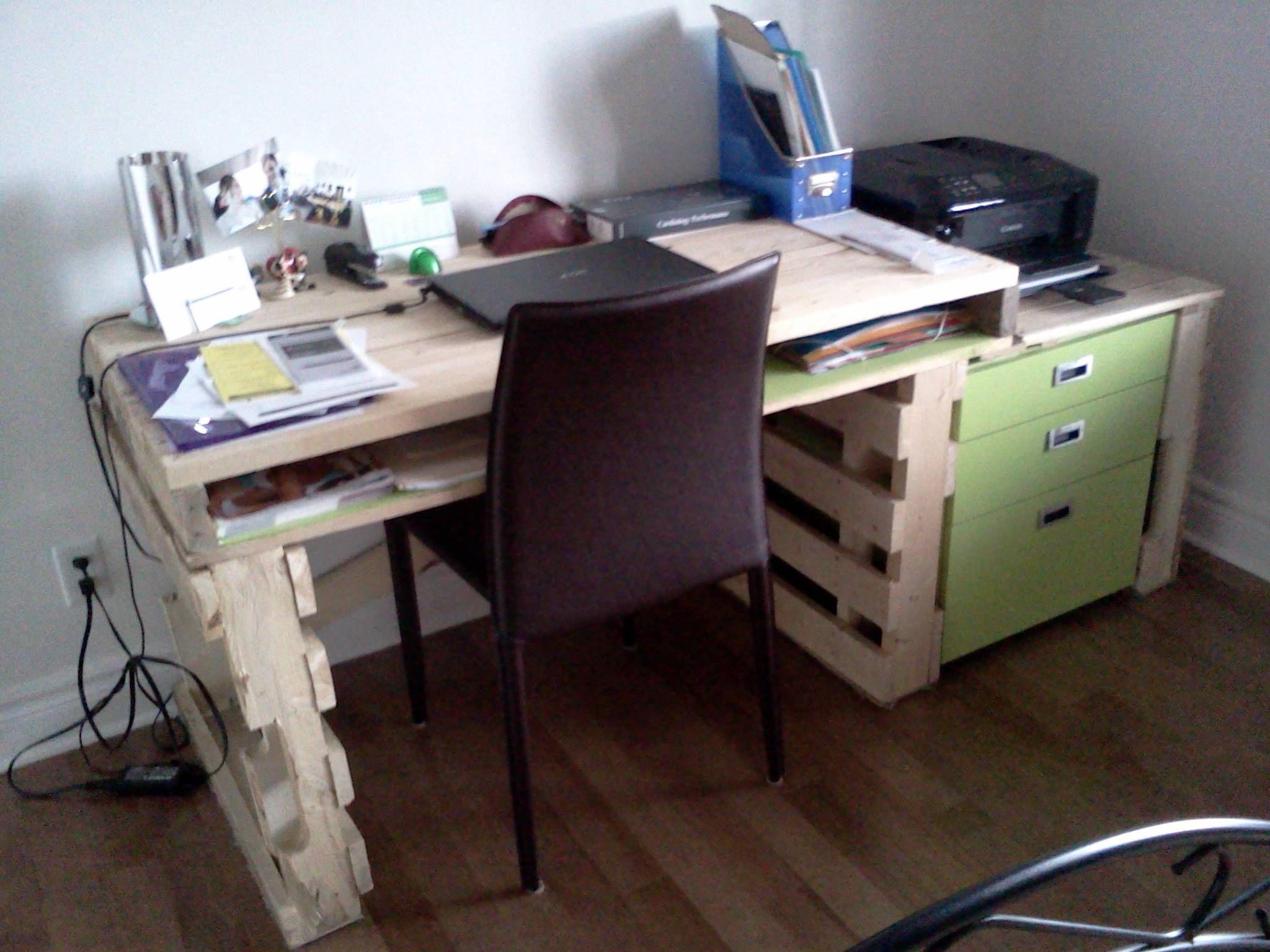 bureau en bois de palettes writing desk in palettes wood. | palette