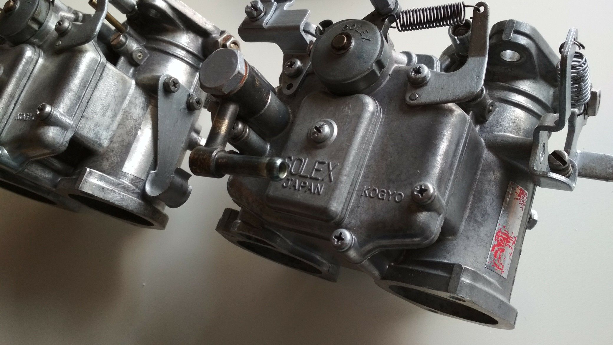 celica ra28 mikuni twin carburators