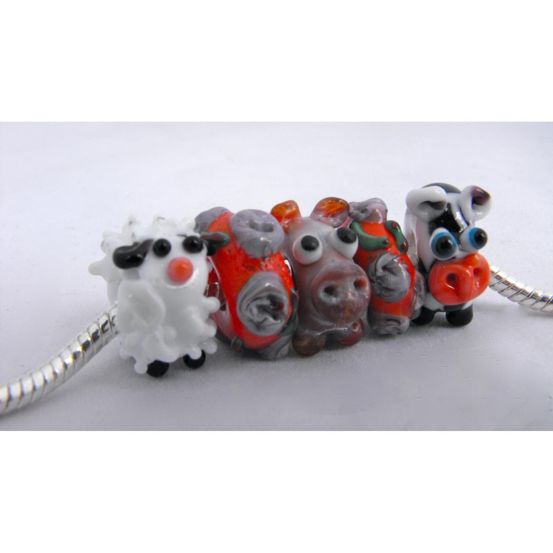 $26.40 Animal Charm Set by synergyglassart on Handmade Australia