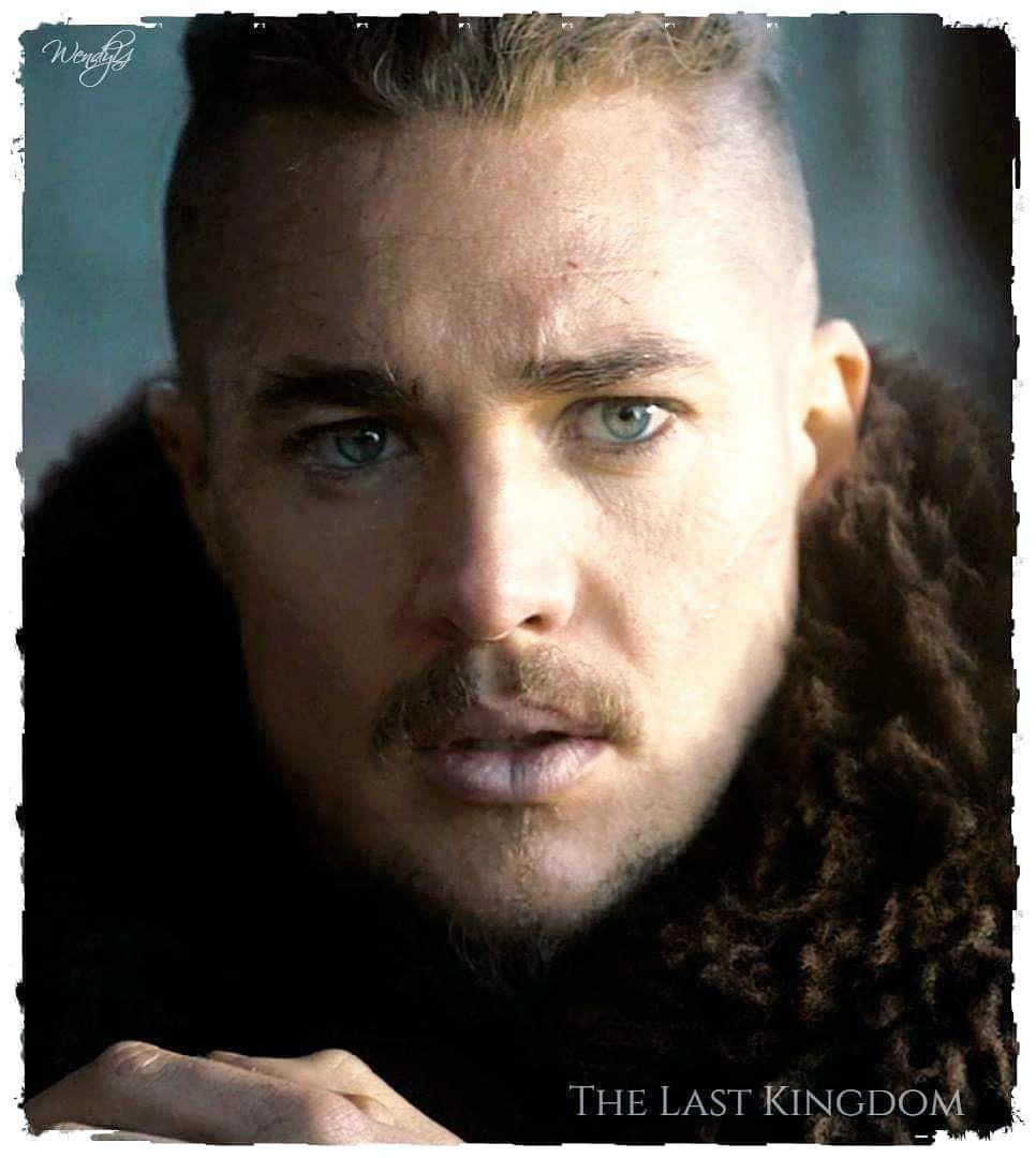 3 Temporada De The Last Kingdom pin on hair and beard