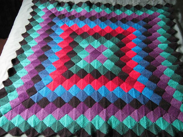 Ravelry: Sunshine and Shadow mitred square throw by ...