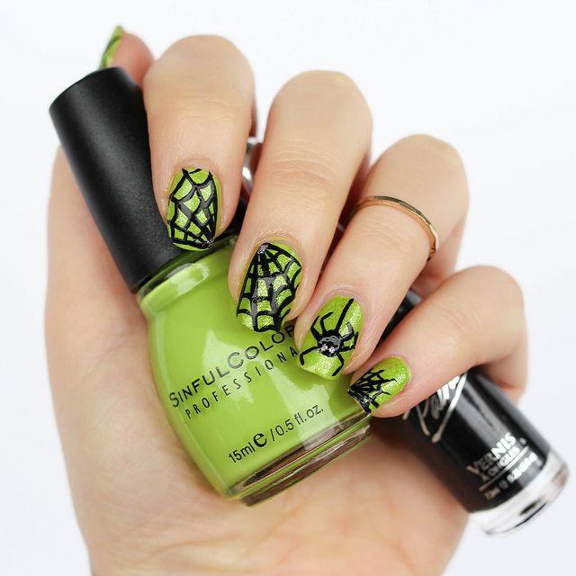 Halloween Spiderweb Manicure | Pinterest