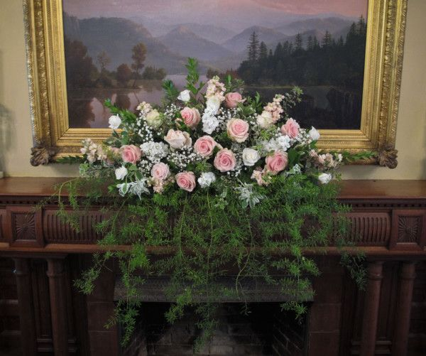 Wedding flowers at the marshall house officer s row
